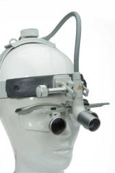 LAMPA CZOŁOWA ŚWIATŁOWODOWA MD1000®